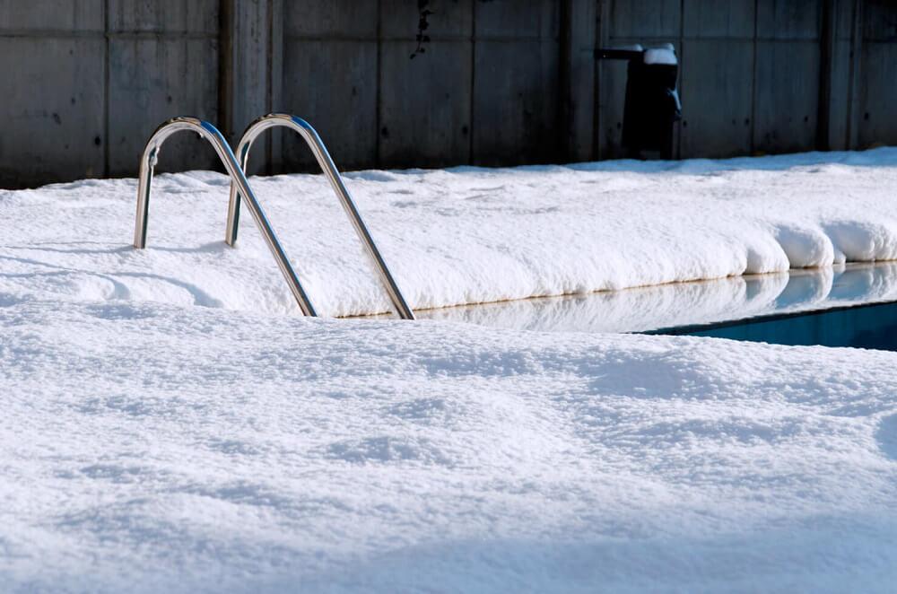 piscina-en-invierno-hibernar