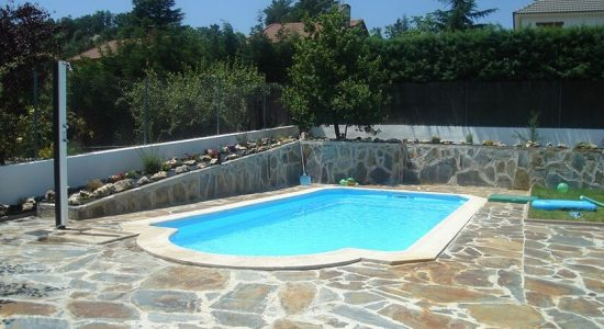 piscina-acapulco-poliester-uranor