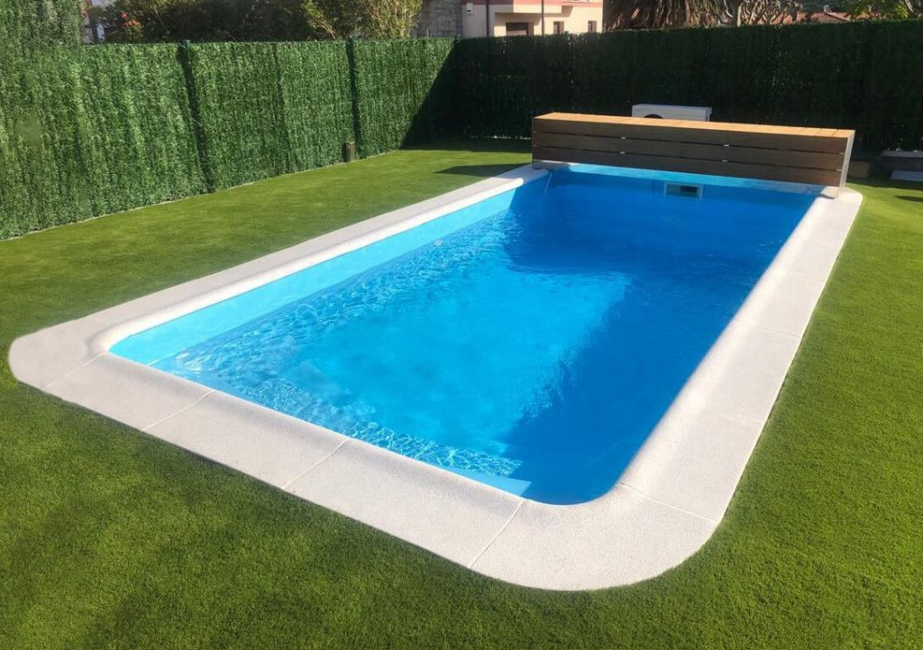 piscina-lanzarote-construida-uranor-poliester-viscaya